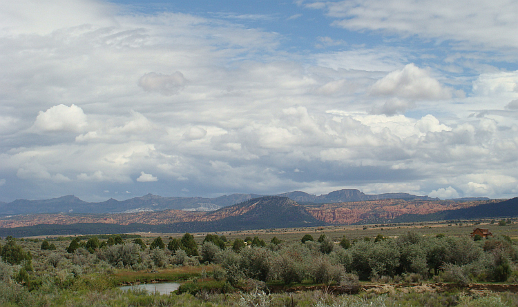 Landscape between the Grand Canyon and the Bryce Canyon