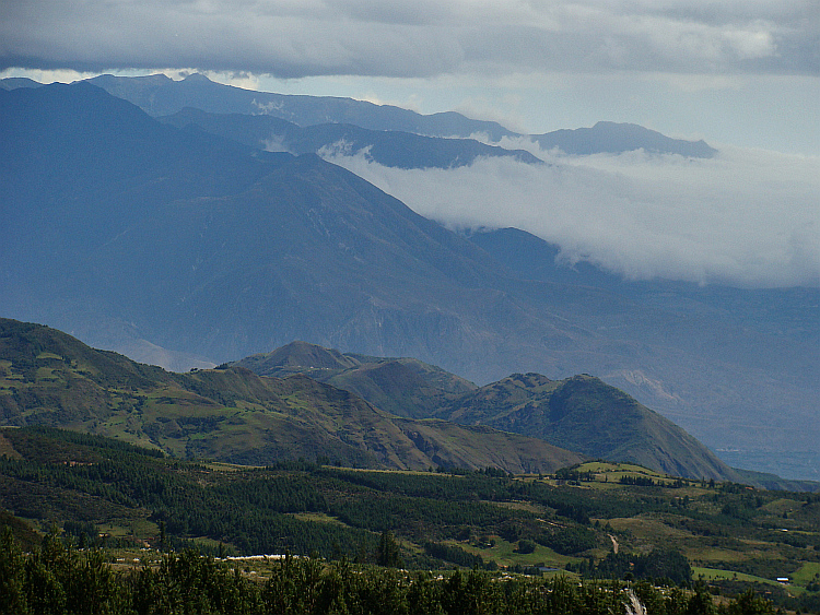 The mountains between Cuenca and Loja