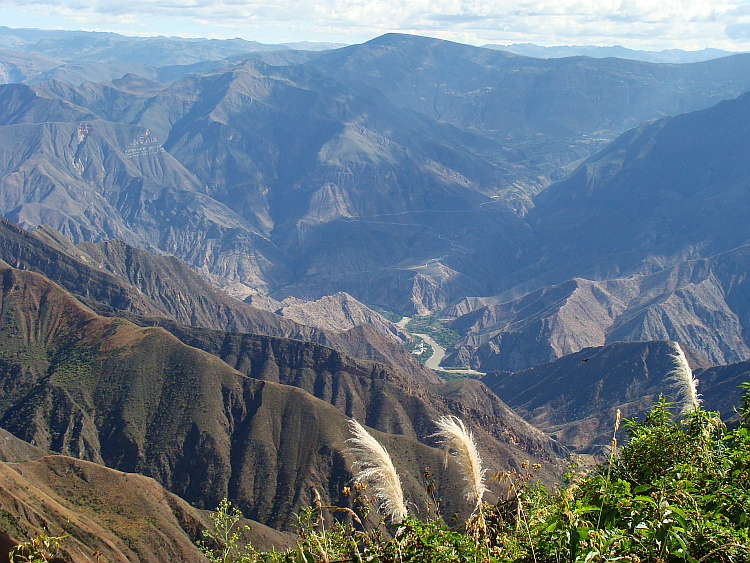 View of the Calla Calla Pass to the valley of the Marañón 3,000 meters below