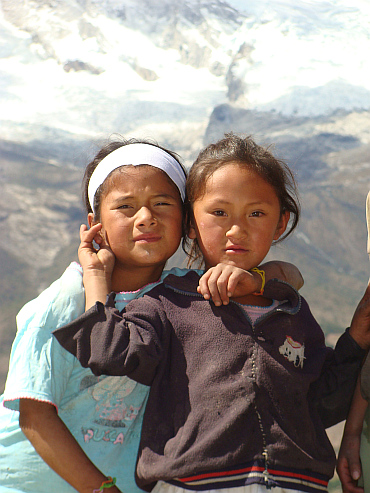 Children in a mountain commune in the Cordillera Blanca