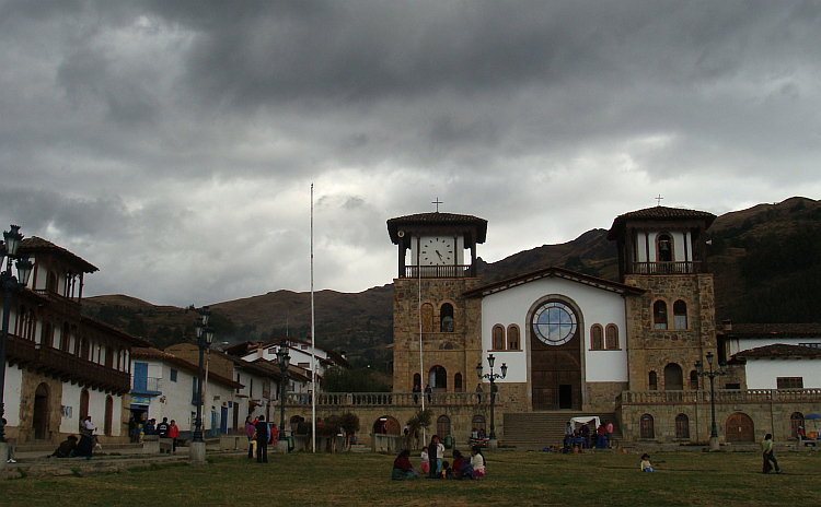 The main square in Chacas