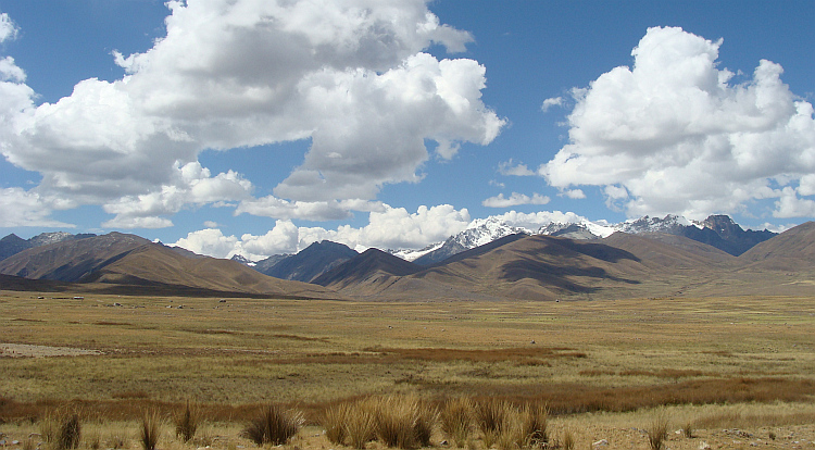 The puna and the cordillera between Recuay and Chavín de Huantar