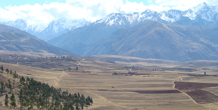Landscape between Chinchero and the Valle Sagrado