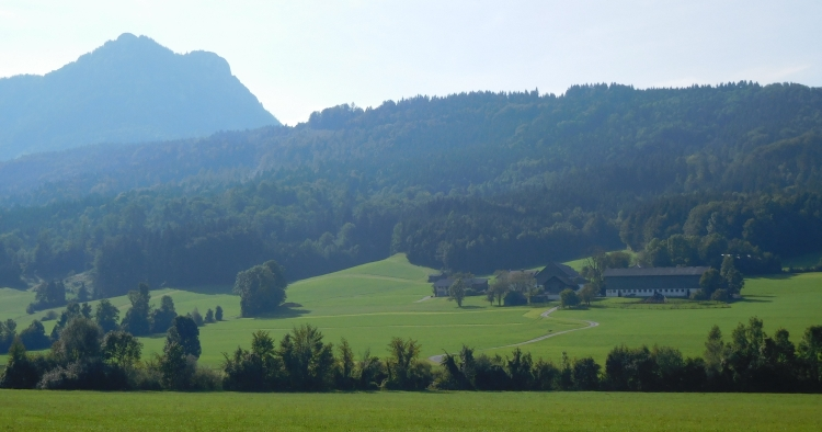 Between Mondsee and Salzburg