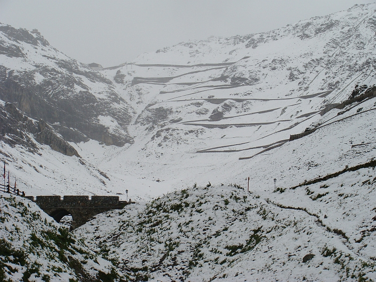 Snow on the way to the Stelvio / Stilfserjoch (2.757 m), Italy