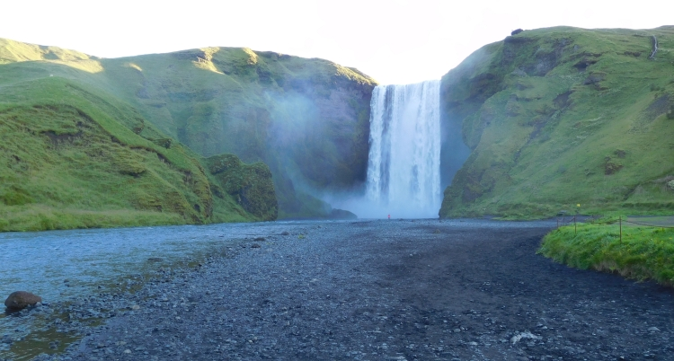 Skógafoss (picture dates from the early morning of day 6)