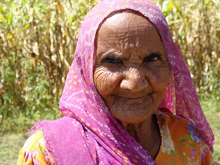 Old woman from the Aravalli Hill Region