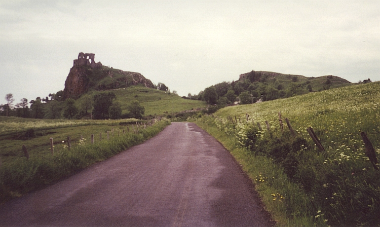 Towards the old volcano complex of the Puy Mary, Cantal
